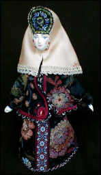 18th Century Town-Lady Porcelain Doll